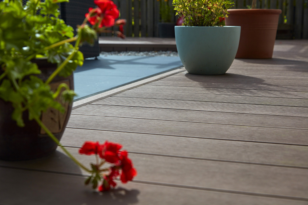 Composite-Decking-flowers